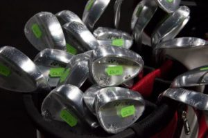Selecting new golf clubs
