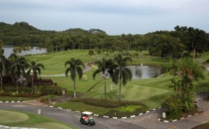 Golf in the city - Golf Singapore - Raffles