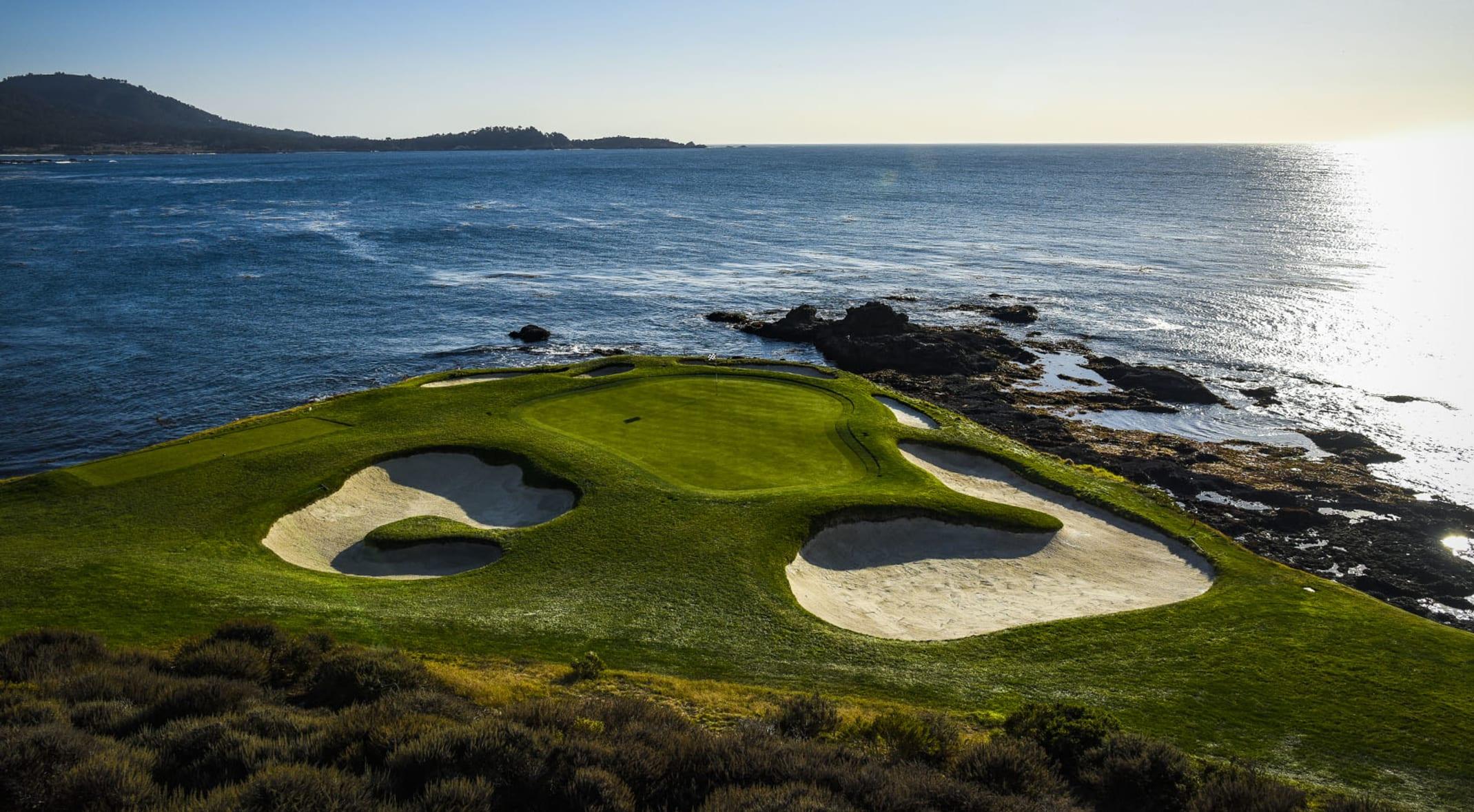 Pebble Beach Golf Club - The Social Golfer v2